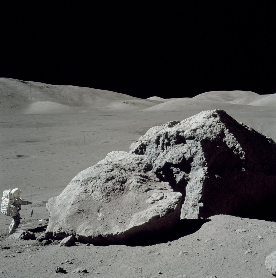 Apolo 17 - AS17-140-21496