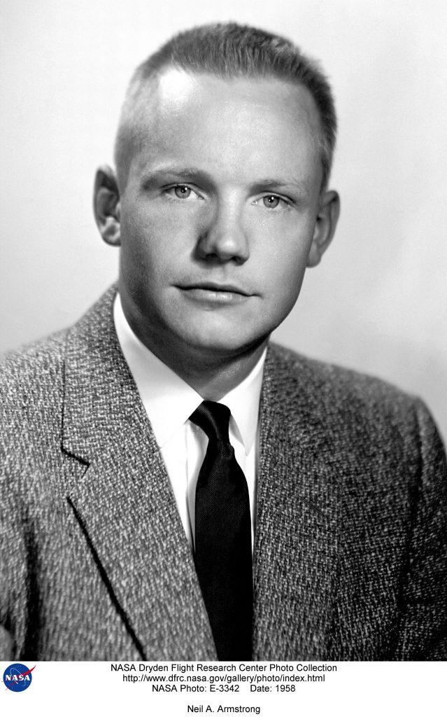 Un joven Neil Armstrong en 1958.